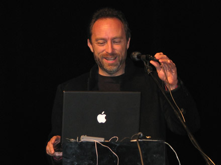 Jimmy Wales (wikipedia.org)