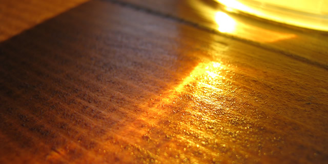 beer, wood, sunrays