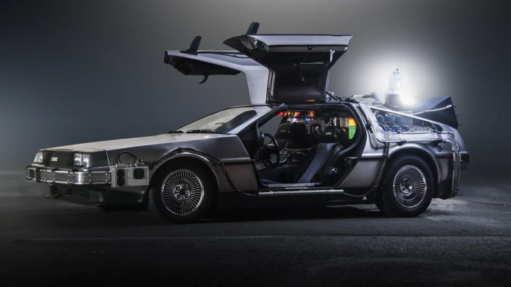 Delorean DMC-12 (Back to the Future, 1985)